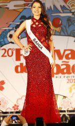 03 - Desfile traje gala - Larissa Lopes Mano - Bahia