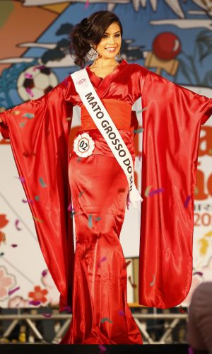 11 - Desfile traje gala - Danielle Sayuri Craveiro Kobayashi - Mato Grosso do Sul